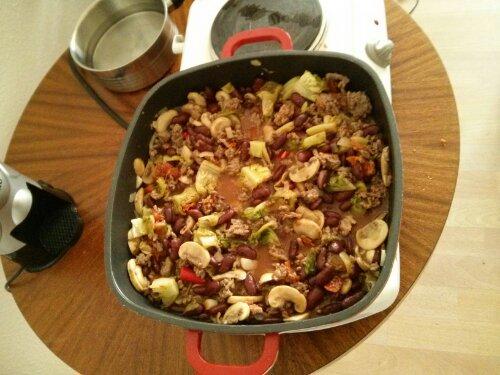 Bunte Rindfleisch-Bohnen-Pfanne